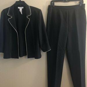 Women's Suit Sag Harbor Pants Suit